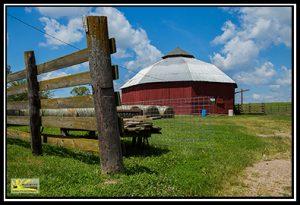 Big MO Round Barn